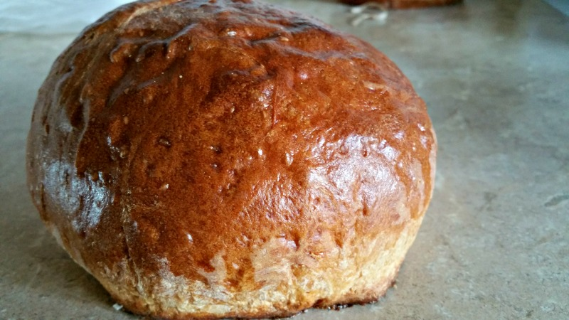 Looking for an easy crusty round loaf? Here is our go to recipe.
