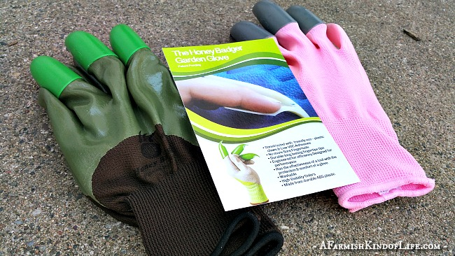 Honey Badger Gloves: Gardening With Claws - A Farmish Kind of Life
